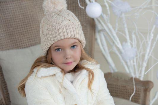 A Patachou é uma marca portuguesa de moda infantil de luxo para bebé e criança com propostas clássicas e designs exclusivos.
