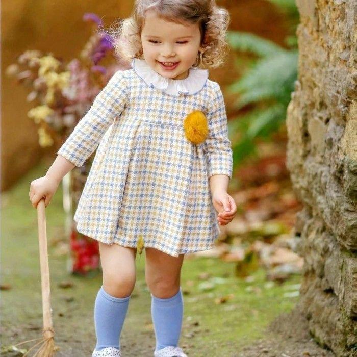 Vestido Menina Xadrez com Pom-Pom